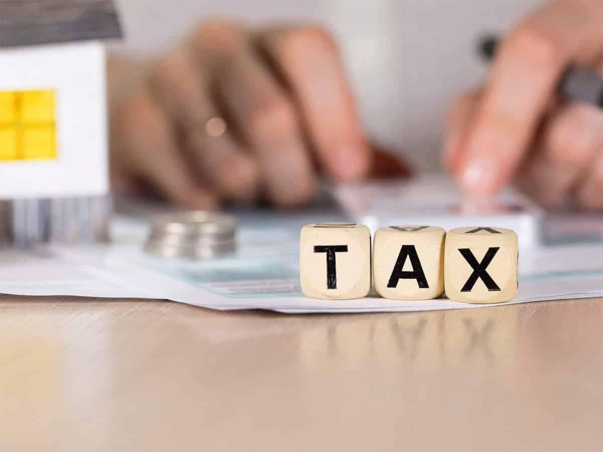 مالیات در کامفار
